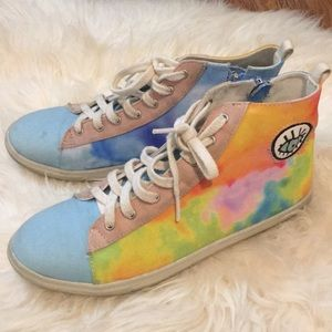Eyeball Watercolor Sneakers